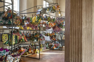 MARNI-FLOWER-MARKET_Installation-Milan