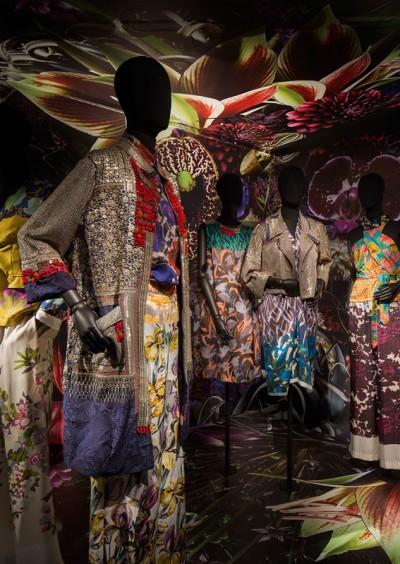 DriesVanNoten_collection_dresses_museedesartsdecoratifs (4)