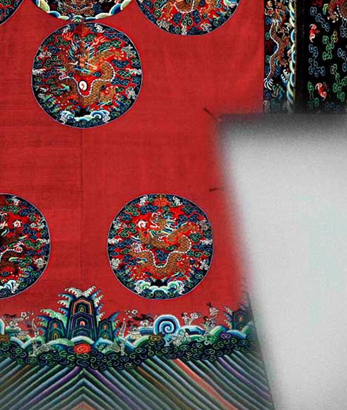 Womans_Imperial_Court_Robe_Chinese