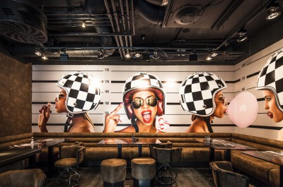 badgirlz-budapest-night-club-bad-girl-murales