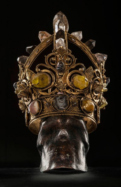 Regal-Crowns-by-Onik-Agaronyan_1