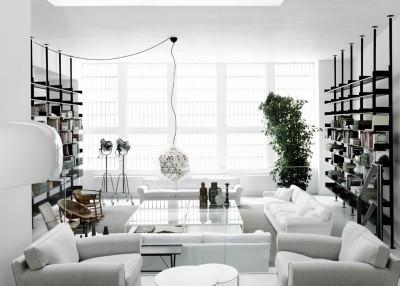 Lo spazio integra suggerimenti complementari agli arredi della collezione e li contestualizza con bagni, cucine e armadiature del gruppo Boffi