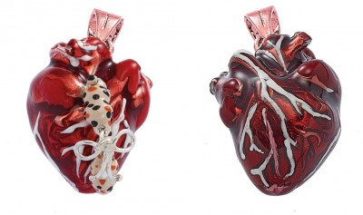Female and fame Heart pendant