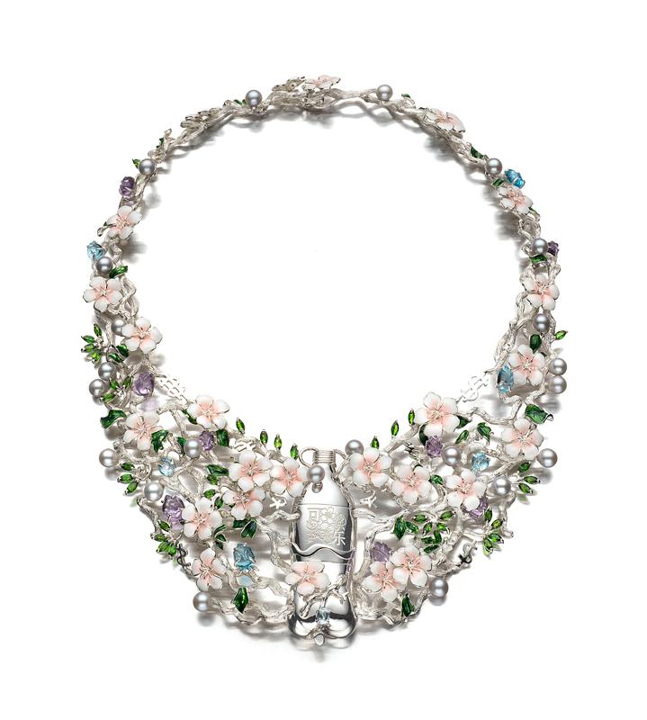 bea_bongiasca_happy-go-cola_necklace_front
