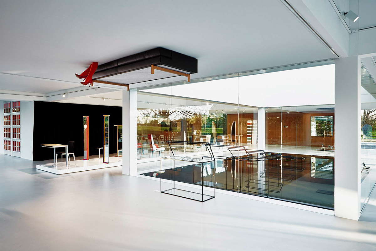 Glass_Cube_MolteniC05_RonGilad_interior