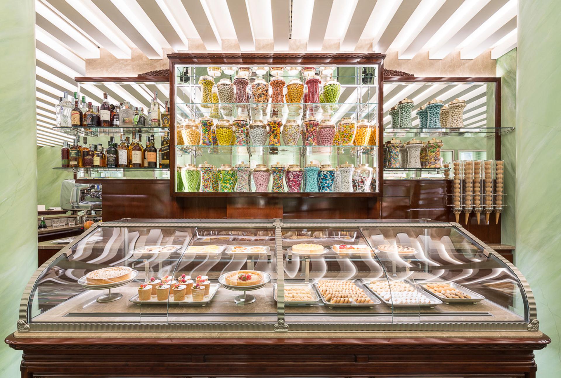 Sweetmeats to take away at Caffè Marchesi in Milan
