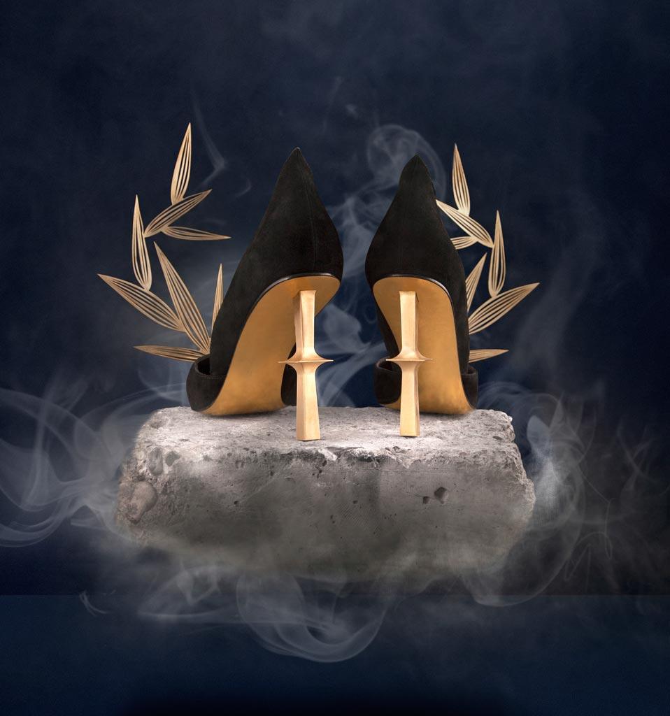 L'esclusiva collezione di scarpe nasce da una collaborazione speciale tra Benwu Studio e la designer Qin Xue.